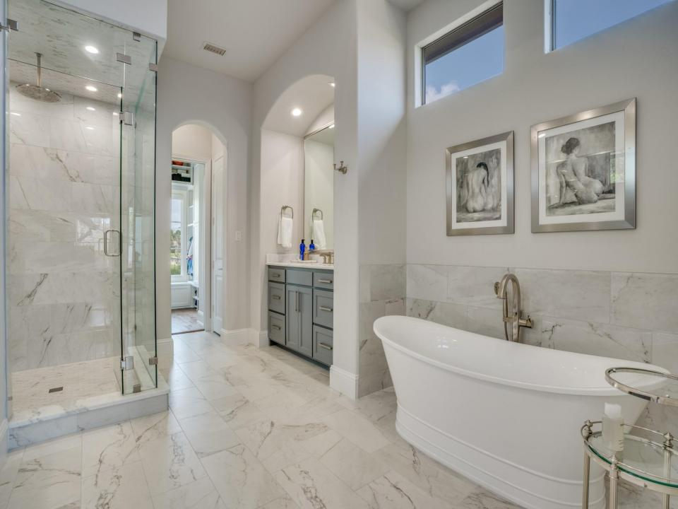 DFW Improved - Top 10 Bathroom Remdeling Trends