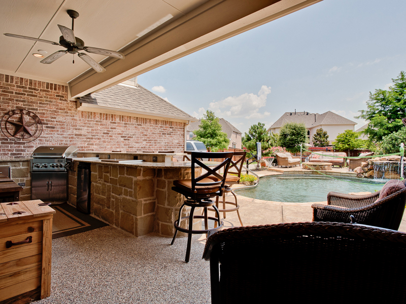 Tips for Designing an Outdoor Living Area by DFW Improved on Covered Outdoor Living Area id=81217