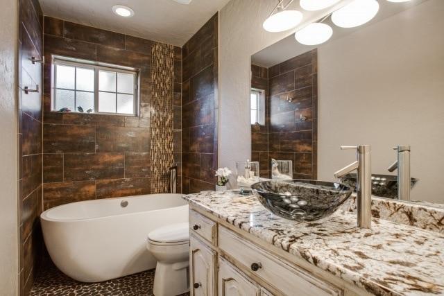 Modern master bath dfw improved frisco tx 972 377 7600 for Bath remodel frisco tx