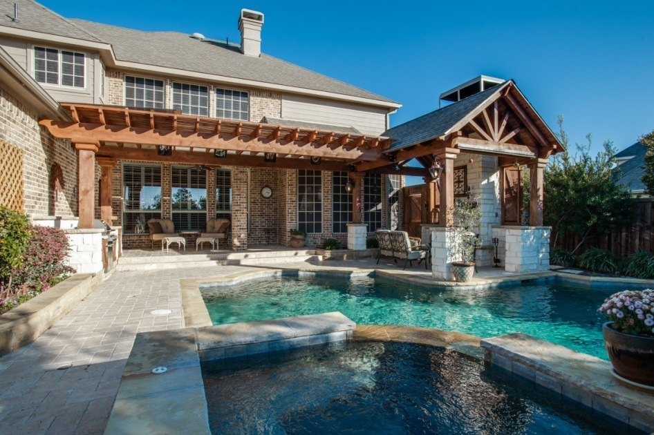 Luxury outdoor living dfw improved 972 377 7600 for Luxury outdoor living