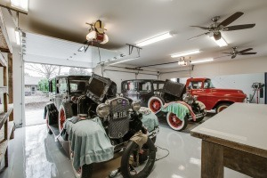 Upgrade Your Garage - Garage workshop with vintage cars