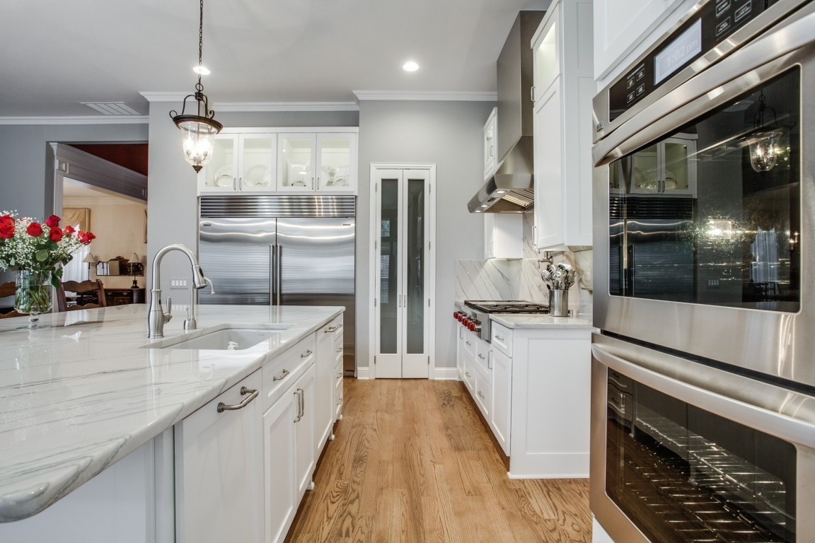 transitional design, Countertop Trends for Transitional Design