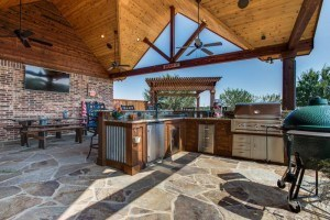 DFW Improved - Outdoor Kitchen with Patio Cover and Outdoor Seating