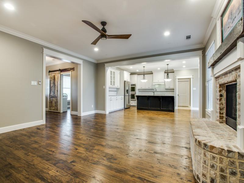 Farmhouse Style Custom Home Dfw Improved 972 377 7600