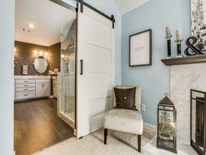 small spaces - barn door in bathroom doorway