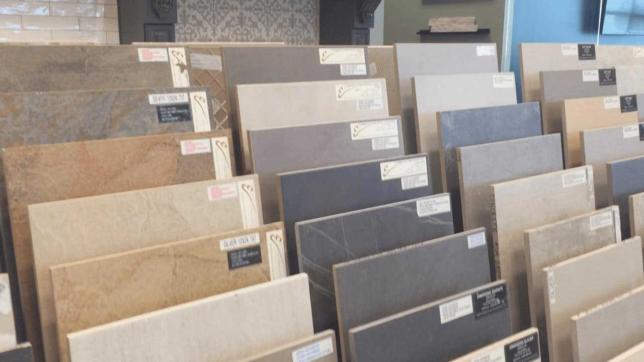 Professional Designers : Tile Selection at a Home Remodeling Showroom