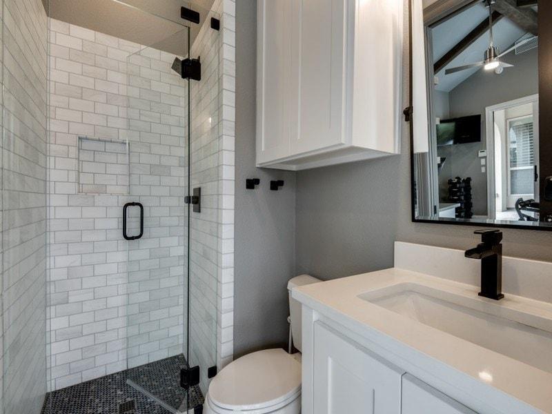 smallspaces whiteandgreypowderbathroom